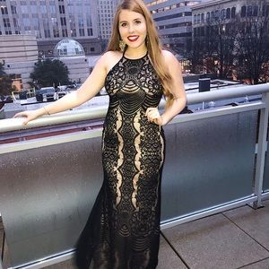Floor Length Black Lace Formal Maxi Dress